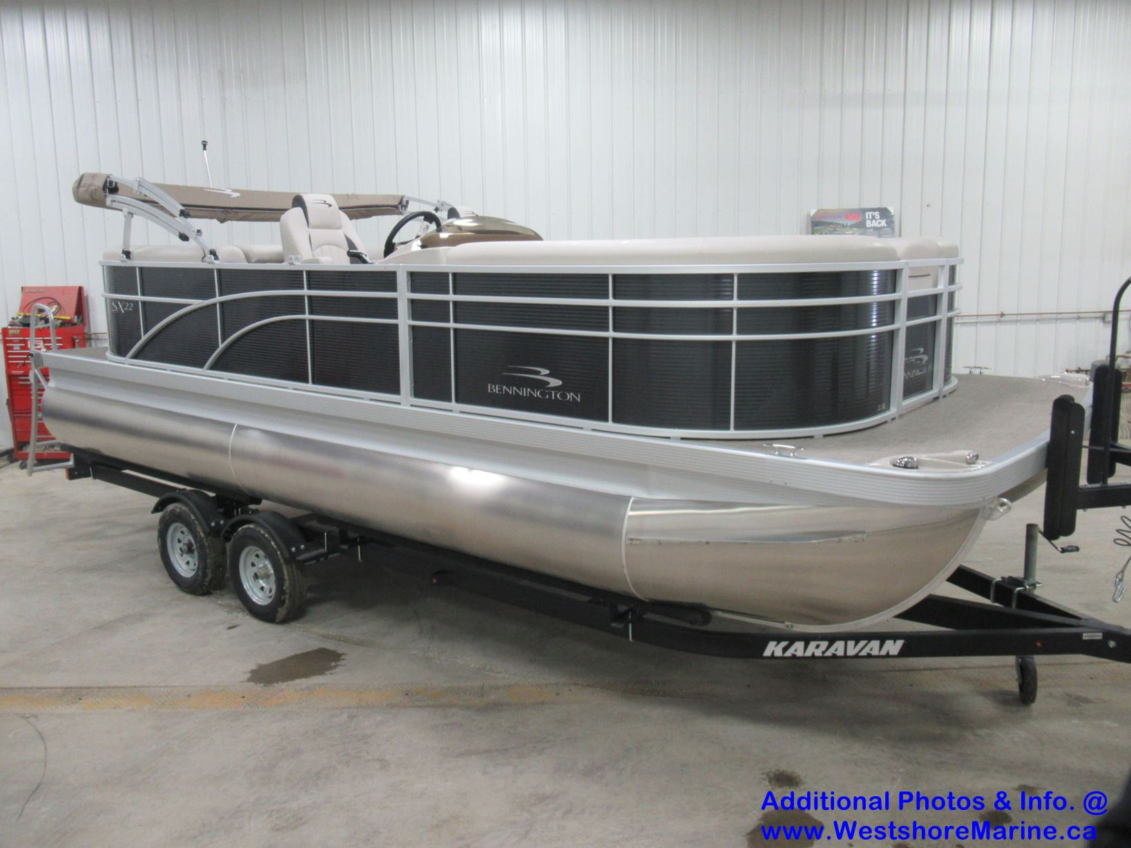 New 2019 BENNINGTON 22 S STERN RADIUS - Free VIP Package Included!