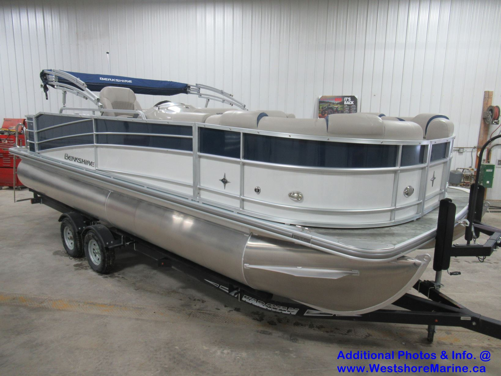 New 2018 BERKSHIRE 23' REAR FISH AND CRUISE (LOADED)