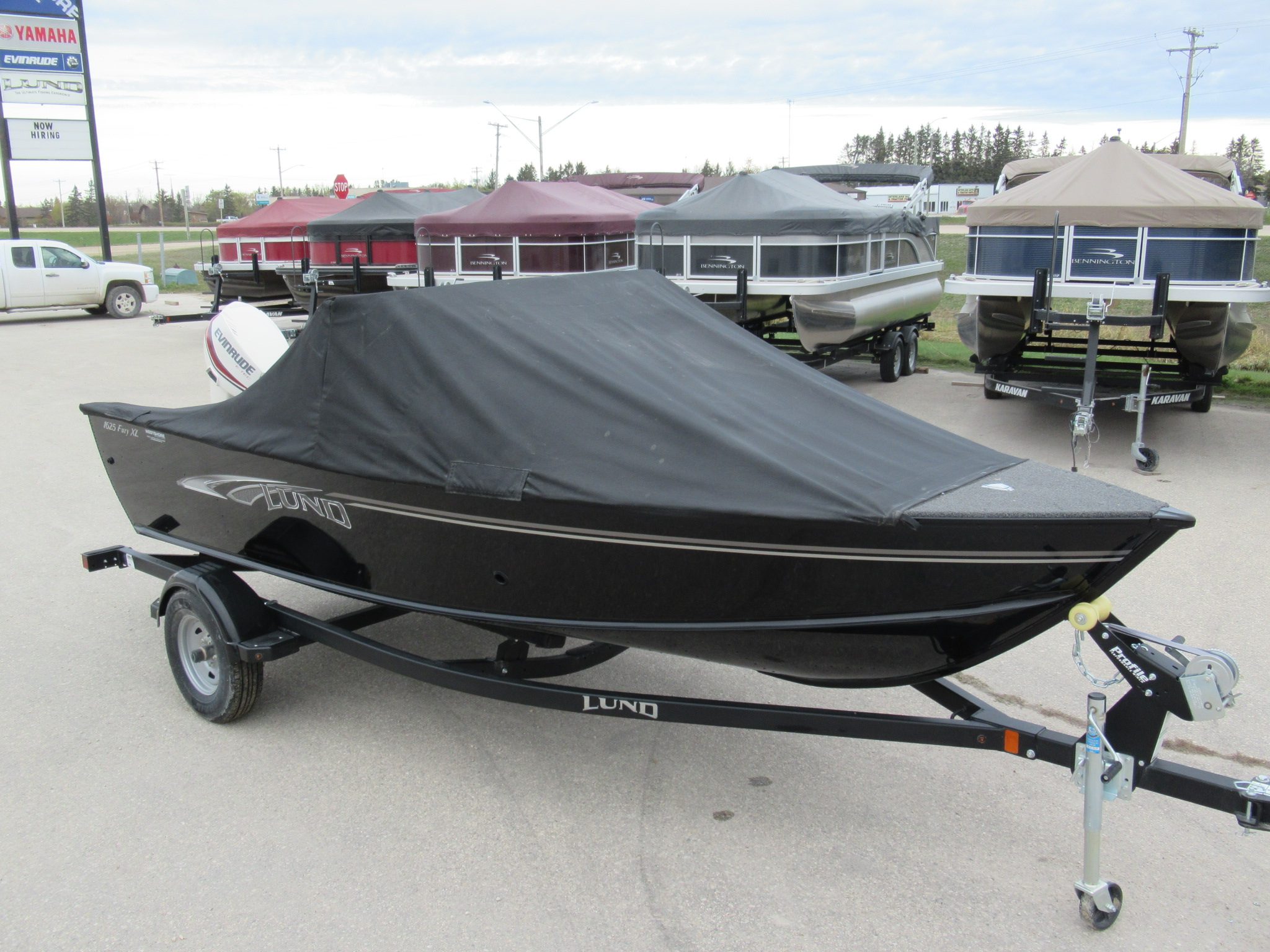 New 2019 LUND 1625 FURY XL SPORT